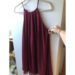 Flowy maroon dress